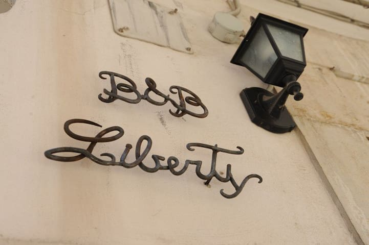 B&B Liberty - Andria