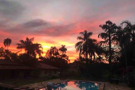 Casa de Campo aconchegante -Casa inteira c/piscina