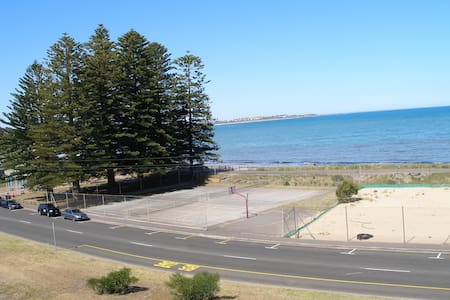 Penthouse Apartment The Frontage Victor Harbor SA - ビクター・ハーバー