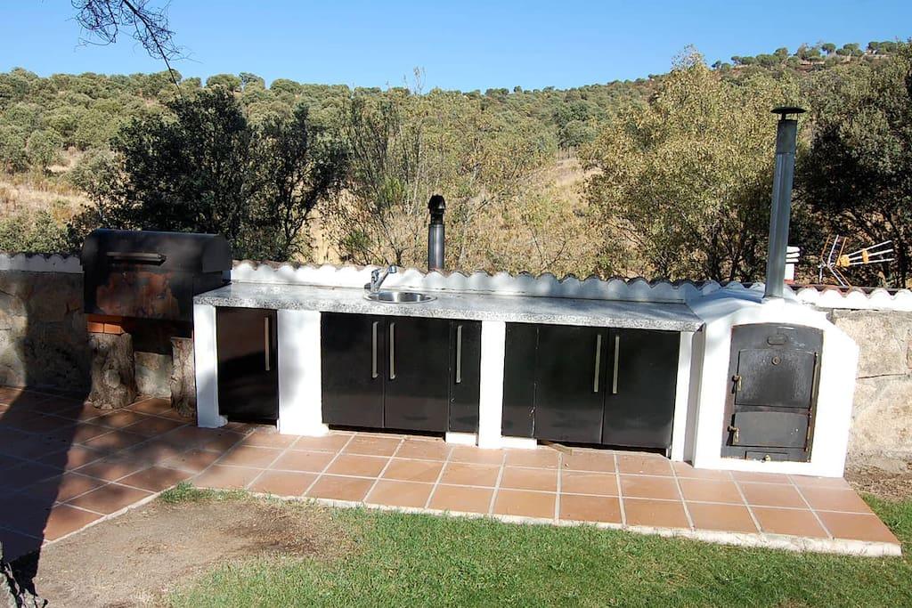 barbacoa and oven