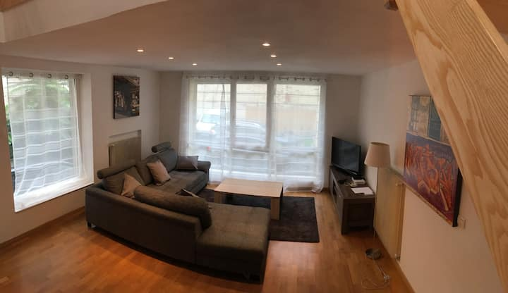 Hyper Centre 88 m2  appart  2 chambres 5 pers