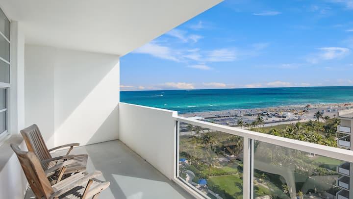 Stunning Luxury Oceanfront Loft-like Condo