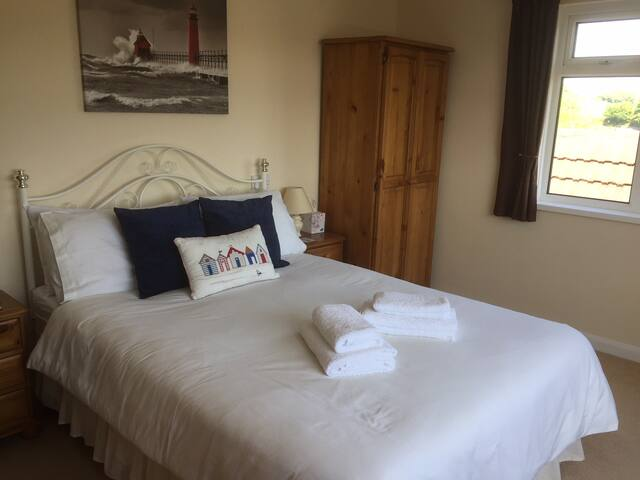 Our Double Suite (Salcombe)