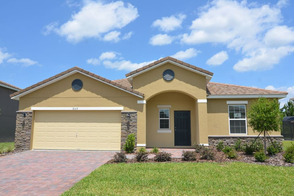 5 Bed 4 Bath Sleeps 10 Pool Home Villas For Rent In Kissimmee Florida United States