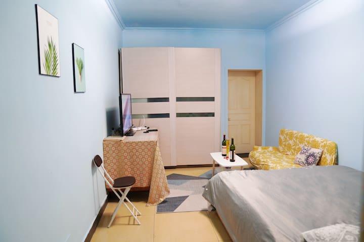 五棵松地铁 301医院 华熙live 中式 精装两居室 随时入住