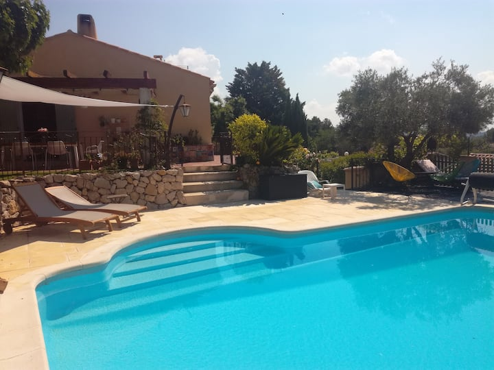 Villa en Provence avc piscine privée