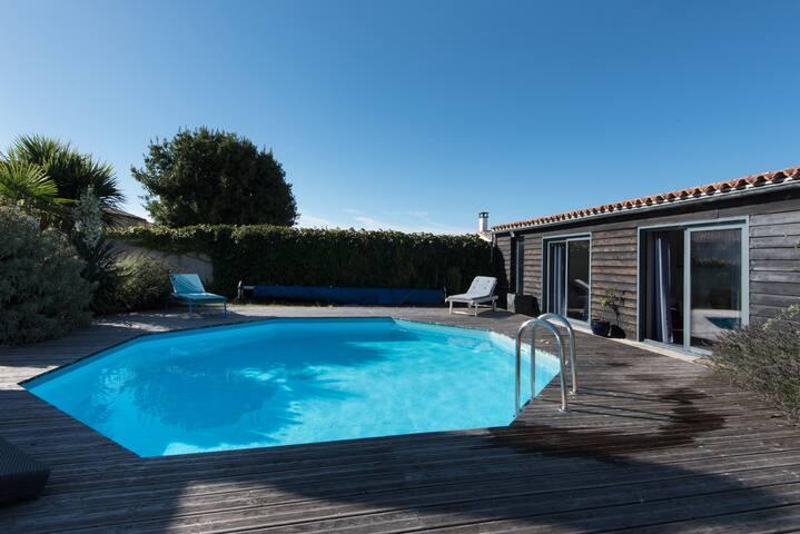 Villa ILE DE RÉ avec Piscine Privée - Sainte-Marie-de-Ré - House