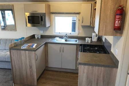 HAVEN, Thornwick Bay, 8 Berth, DELUXE caravan,