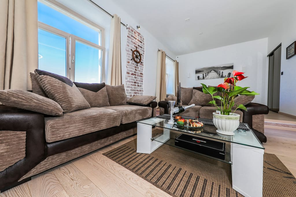 Very bright and cozy apartment with lots of sun light for your lovely getaway...