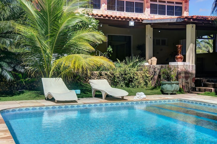Duplex with excellent location in Porto das Dunas by Carpediem