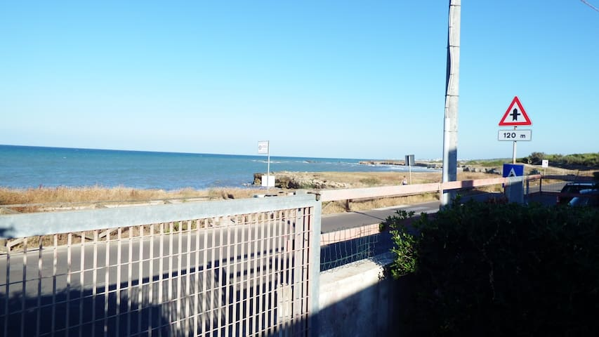 Villa singola con giardino a due passi dal mare! - Torre Specchia Ruggeri - Villa