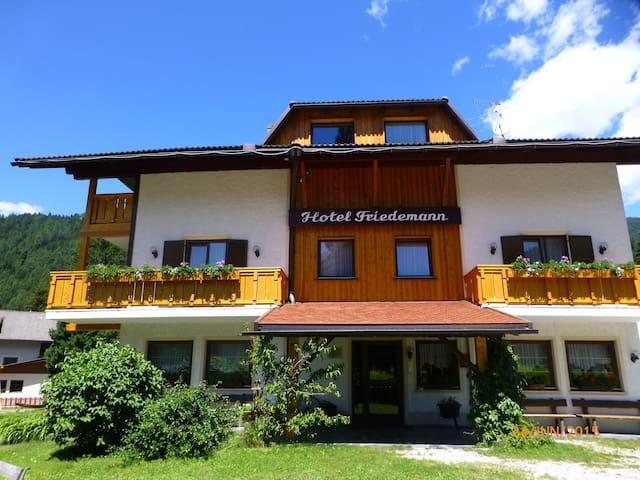 Kronplatz - günstige Unterkunft - Niederrasen - Bed & Breakfast