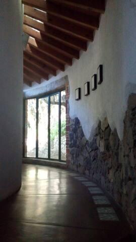 Big house Santa María Ahuacatitlán