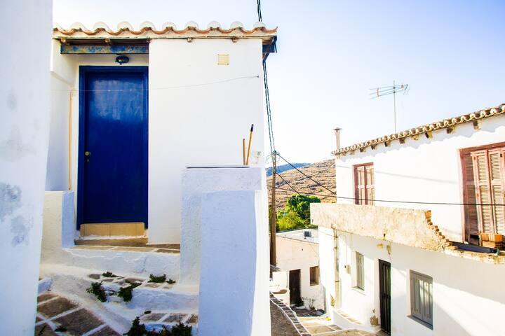Dryopida's Cycladic House