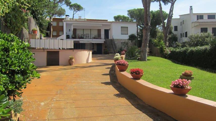 Casa con piscina privada en Calella. Ref.: CL-1 - Palafrugell - House