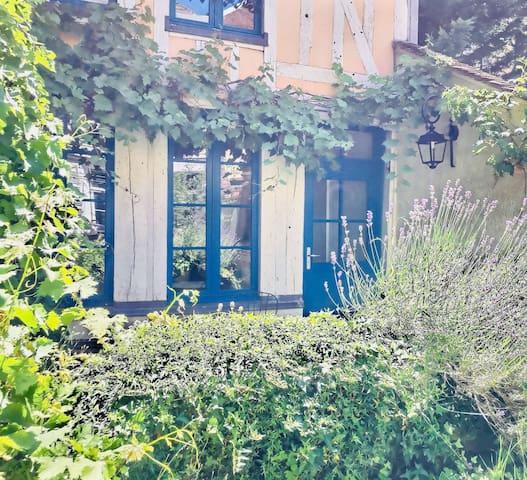 En plein cœur du bouchon, charmante maison ...