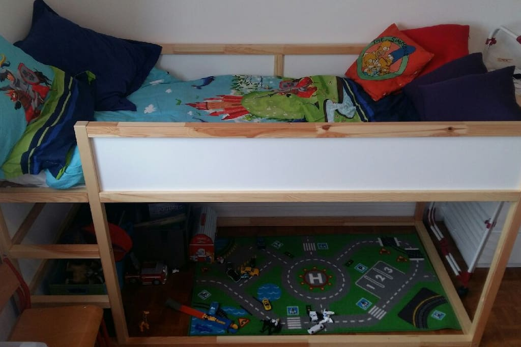 Bed for child in your room / Lit enfant dans votre chambre