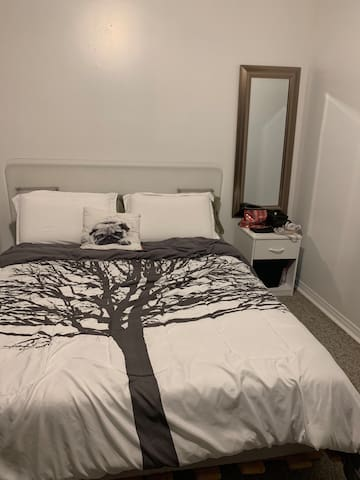 Private Room, excellent location