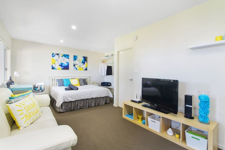 Town Fringe King Studio - Port Macquarie - Apartemen
