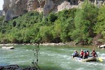 SEl Verano en el Pirineo. Disfruta de sus ríos y actividades.