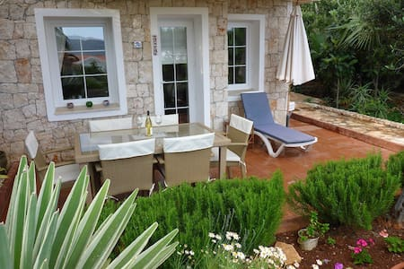Lovely 2 Bedroom Apartment with Garden and Pool - Kaş