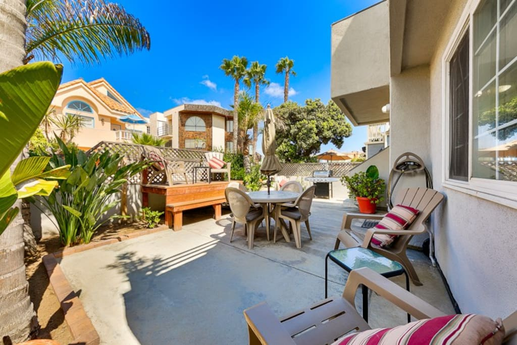 Exclusive and enclosed patio