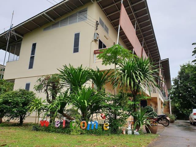 Wanlapa women Dormitoryสะดวกสบายเหมือนอยู่บ้าน