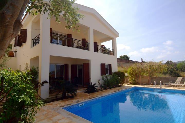 Luxury Villa, Sea Views, Pool,Wi-Fi - Neo Chorio - Vila