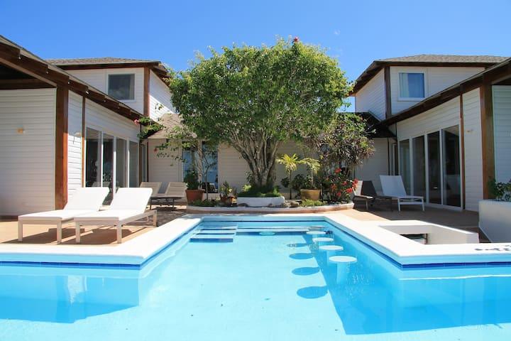 villa , toutes les chambres vue mer et ou campo