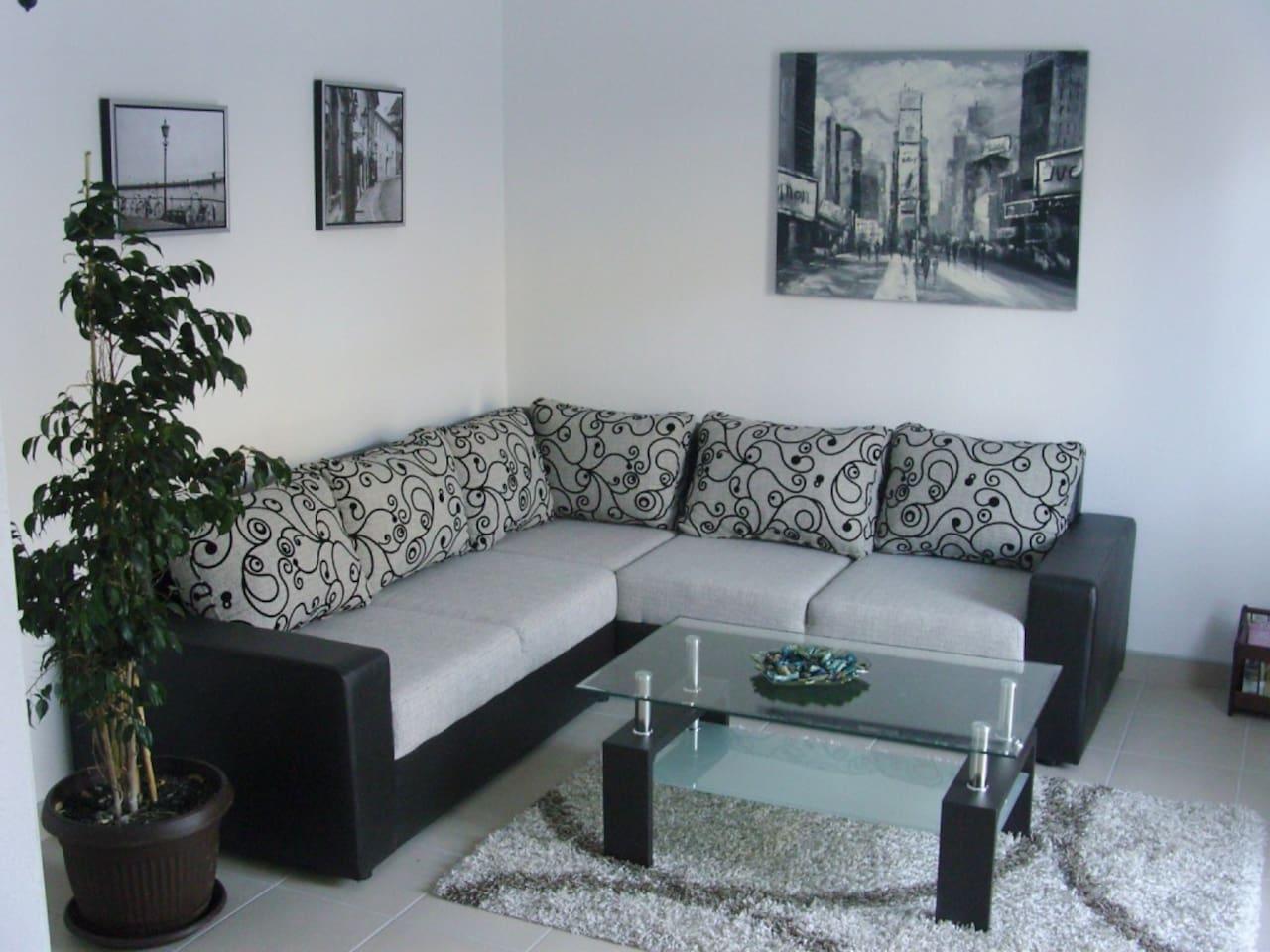 N&N Franovic Apartment II