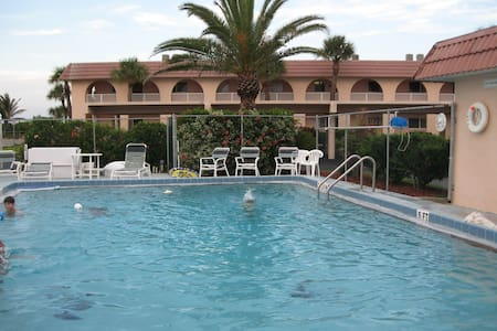 Oceanfront condo - Cape Canaveral - Flat