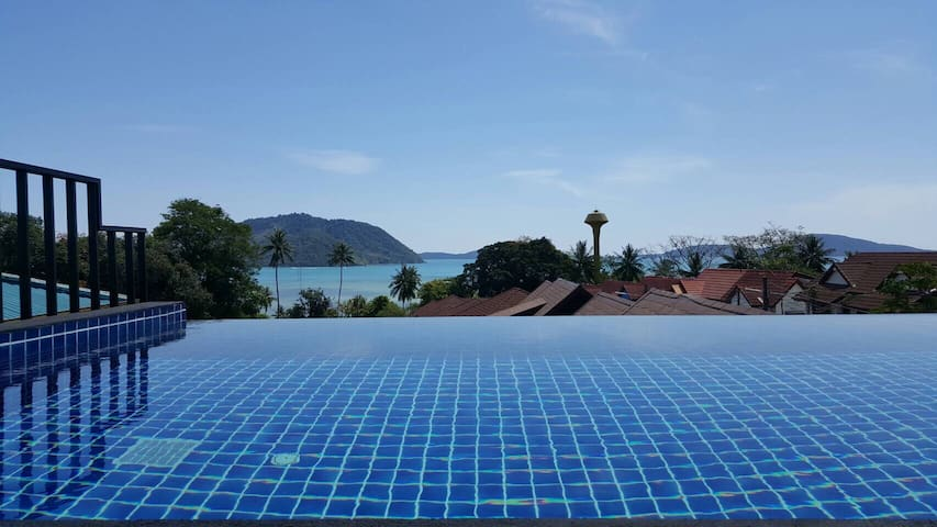 4BR Seaview Private Pool Duplex - Rawai - Ev