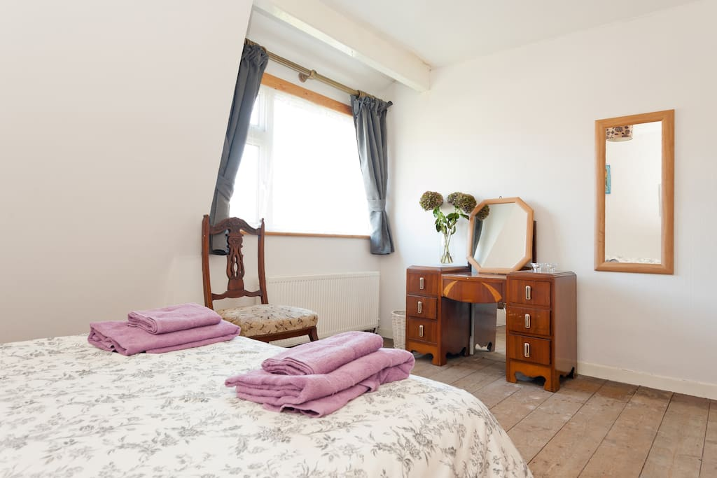 Homely double, near City Centre