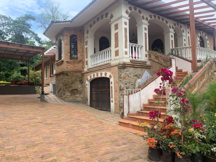 Villa Beatriz, Colonial Fomeque-Choachi y Ubaque