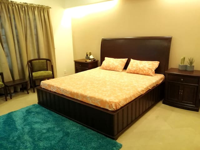 Spacious Private Room in DHA Phase 5 Lahore