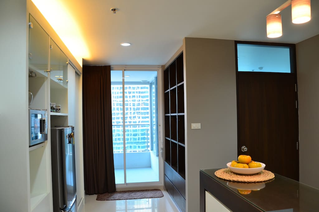Kitchen area: full sized refrigerator, microwave, all culinary ware is provided