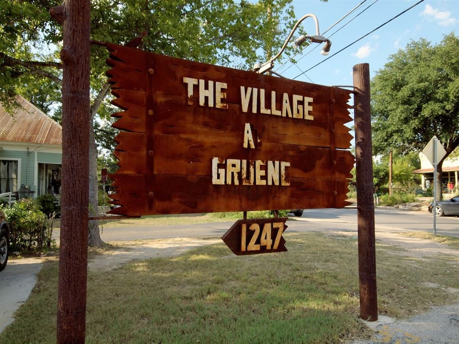 Village at Gruene Entrance