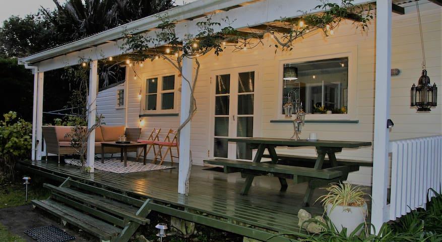 Titoki Cottage - peaceful, winter getaway