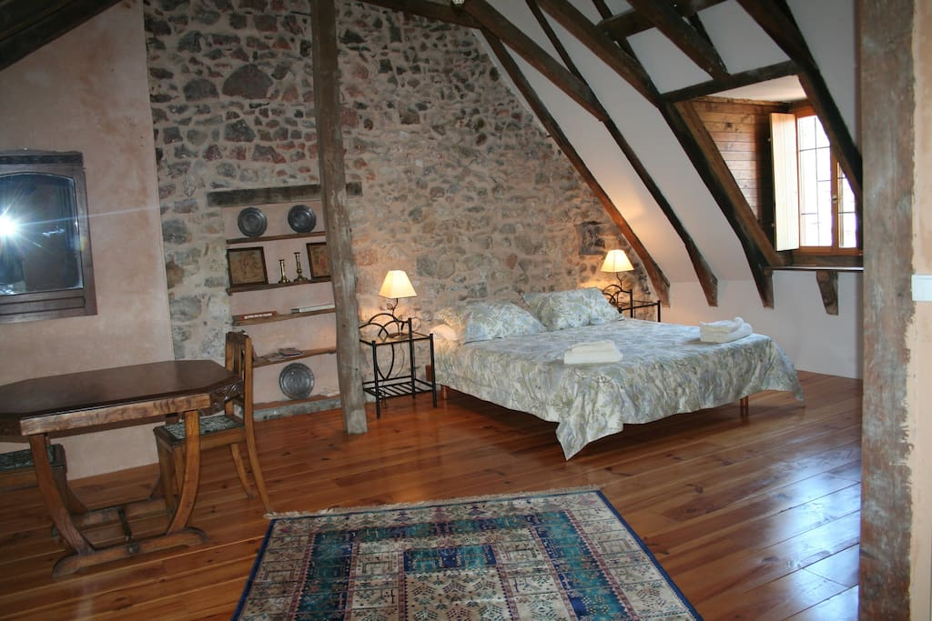 Bedroom with views to the Chateau