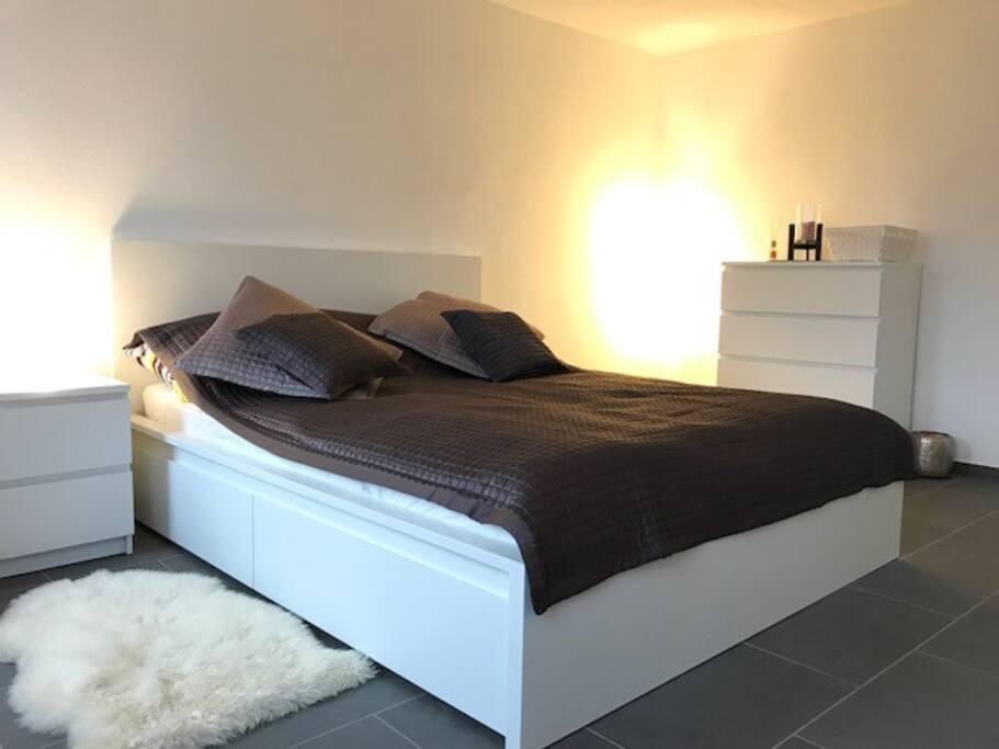 Room in spacious house in val colla near lugano case in for Stanze affitto lugano