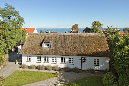 Charming fishing house with a view - Rungsted Kyst