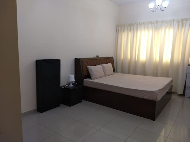 Suite room for single female traveller