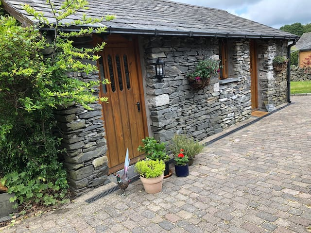 The Annexe - a cosy barn conversion.