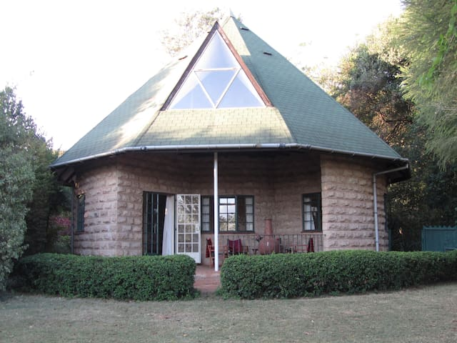 Cottage in the heart of karen - Nairobi - Rumah