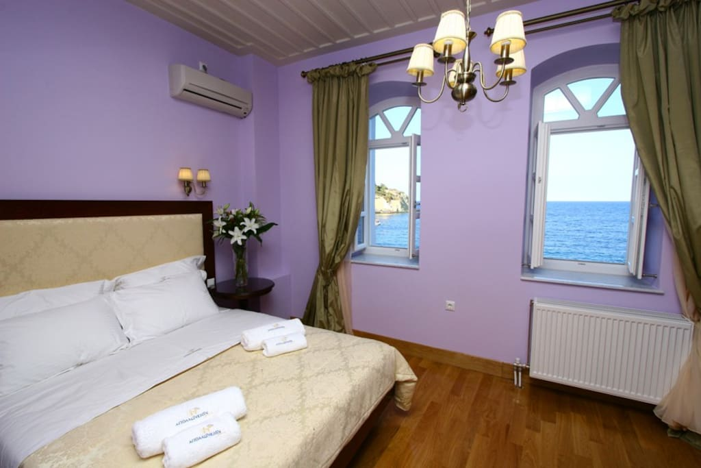 Bedroom with view to the Aegean Sea