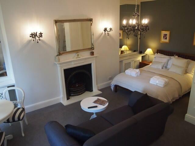 Stylish Studio Apartment in Bath