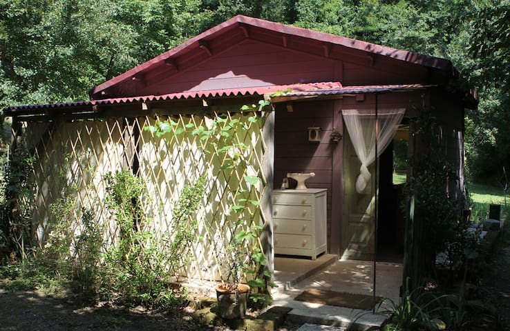 casette in legno in fattoria bio - Saludecio