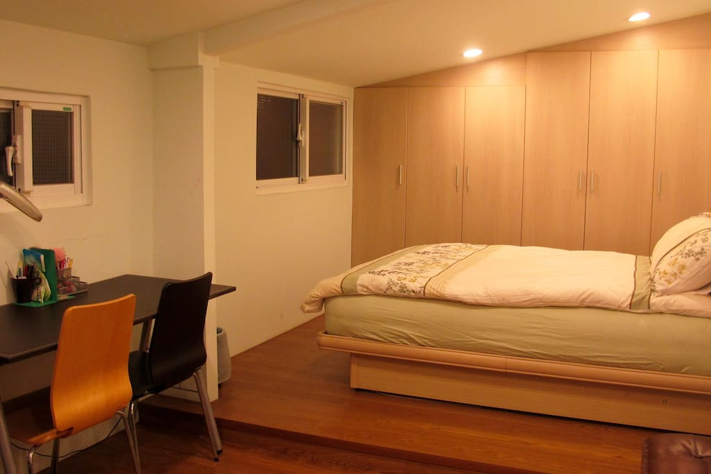 Private room with a double bed and also a desk available for working