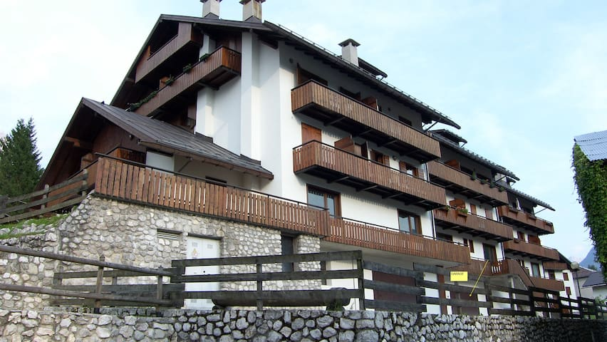 APPARTAMENTO BIVANI IN PROSSIMITA' DI CORTINA - Domegge di Cadore - Apartment