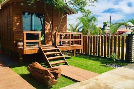 Aerolito Surf House Bungalow 🌴